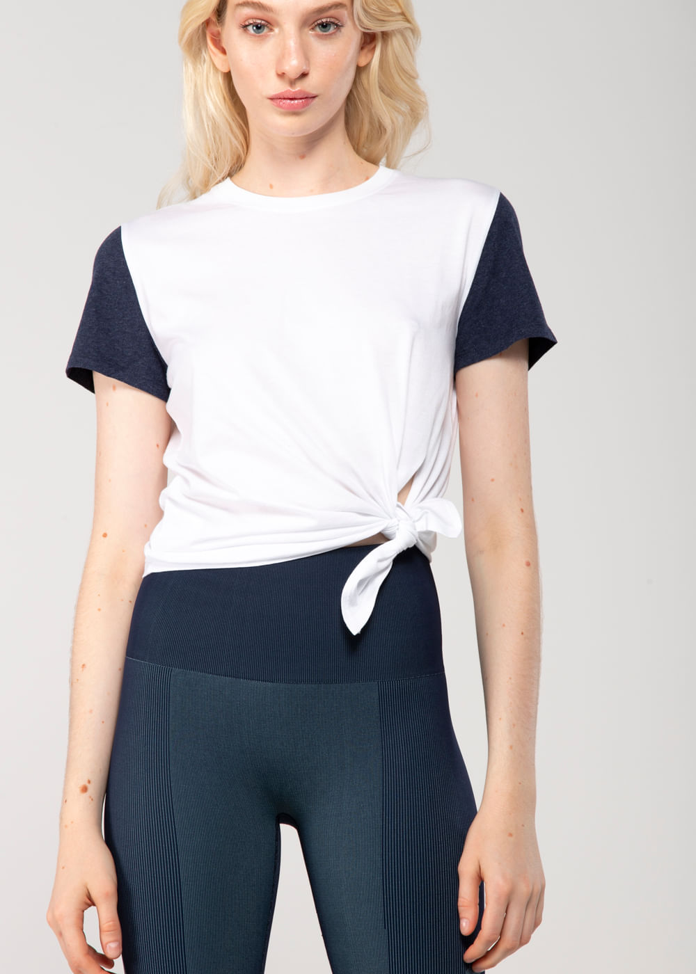 Camiseta De Algodão Esportiva Tuck Branca Branca G