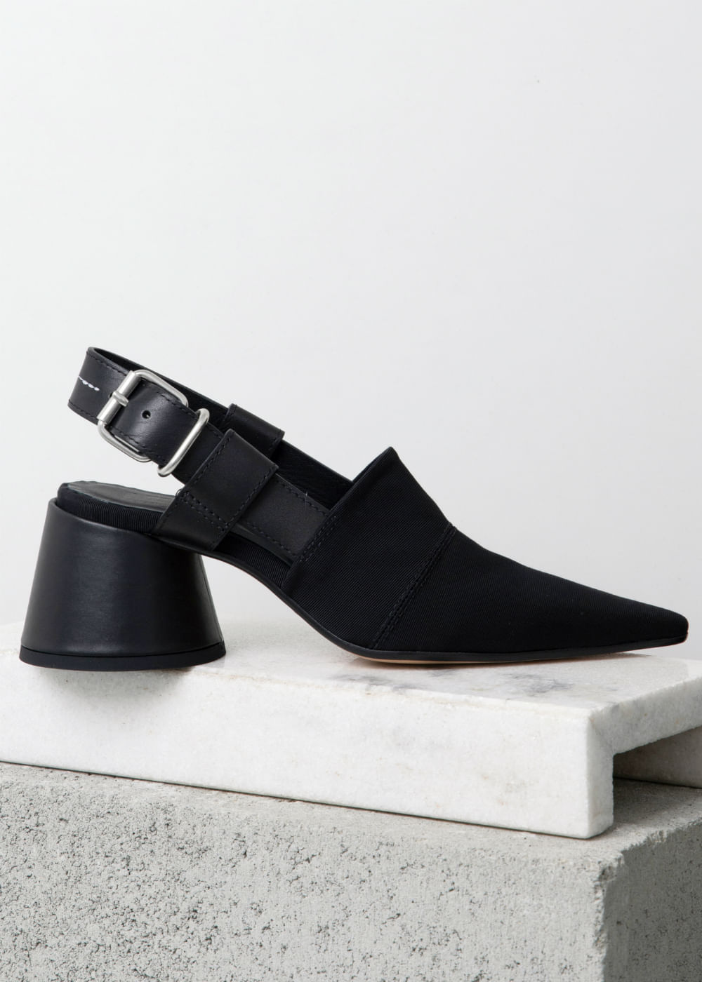 Sapato De Couro Sligback Preta Preta 36 It