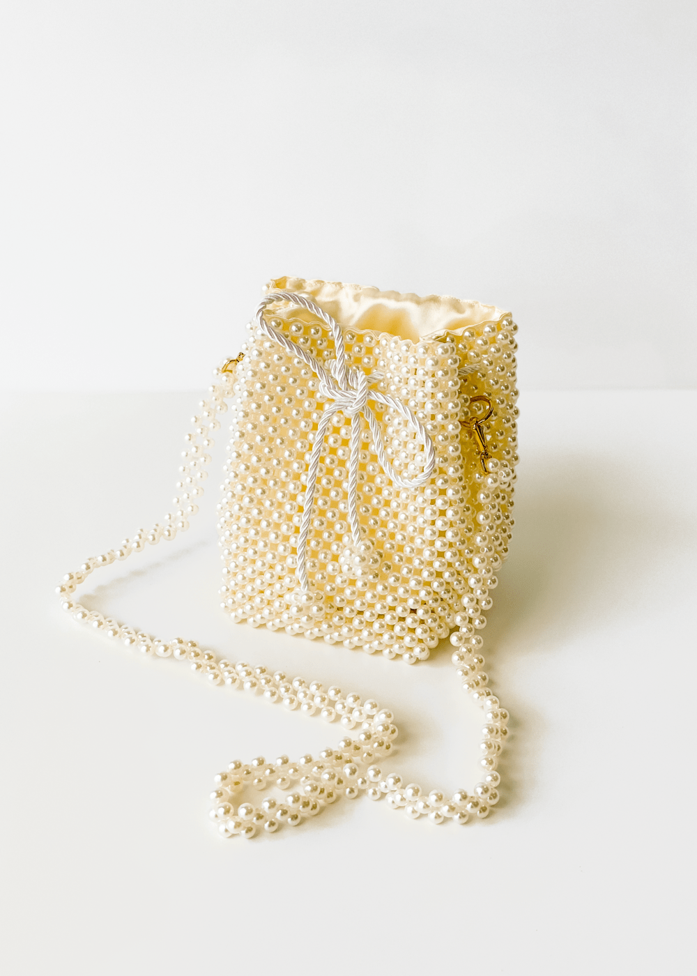 Bolsa Bucket Pearl  Off White U